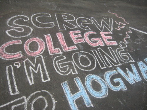 dinoswithlove-aj:  screw college. im going to hogwarts.