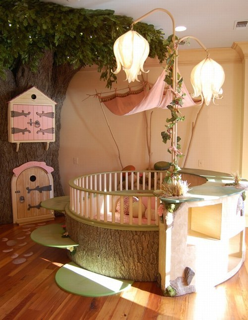 The cutest baby room i've seen. ever.  I wanna become a baby again.,., THIS IS SO THUMBELINA-ISH <3