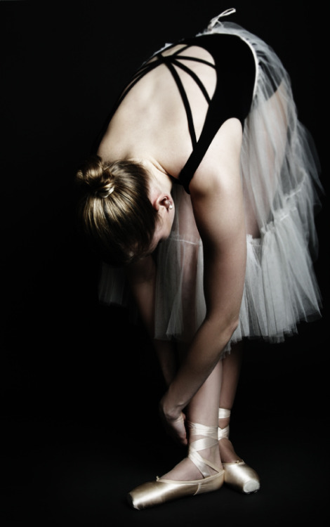 Ballerina by ~Equador on deviantART