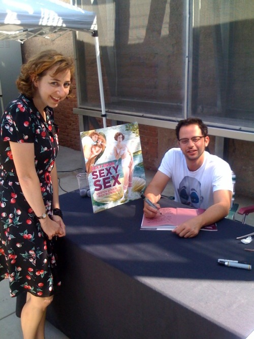 nickkroll:  Kristen Schaal at my signing for her book.