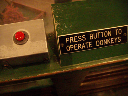lotusmodern:  press button to operate donkeys
