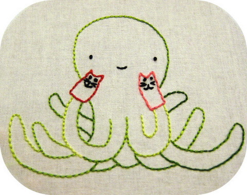 whatkatiedoes:  yup, it's an octopus with cat hand puppets *dies of cute* Playtime!  !!!!