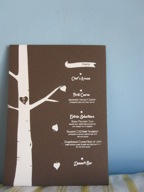 otterdotter:  GRAPHIC DESIGN . PAPER GOODS FOR ELISSA+LOREN WEDDING August 2010 Designer For this wedding, we were asked to create menus, table numbers, and seating chart. Because the couple met in school, we wanted to evoke the sense of young love.  Like carving in trees, we burnished their initials in wood rounds and used a similar motif in the screenprinted menus and paper cutting seating chart.