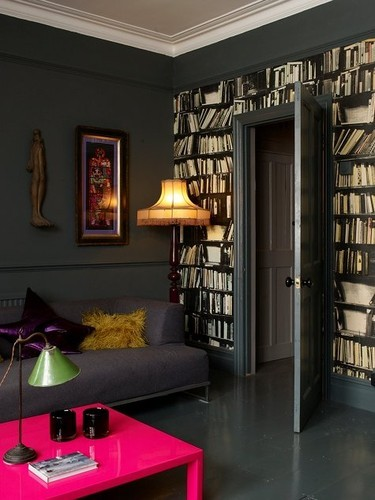 assiamicheaux:  I wanna cozy up in this space and read every book on the shelves