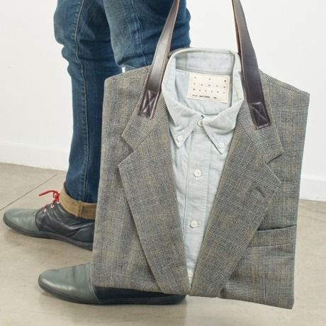Recycled Suit Tote Bag. Incredibly clever and funny idea. [via SnowSnow004]