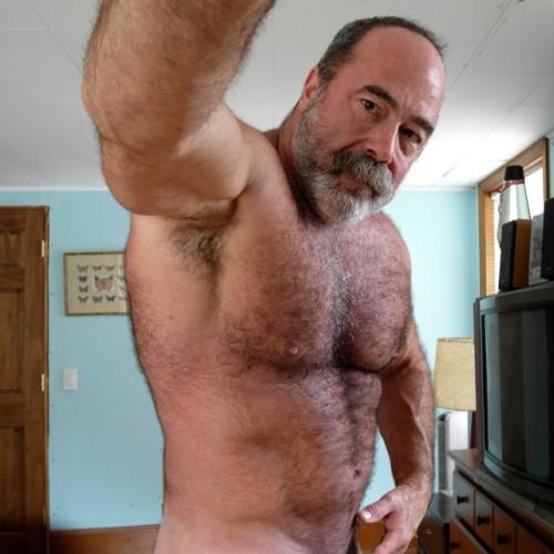 video mature bear