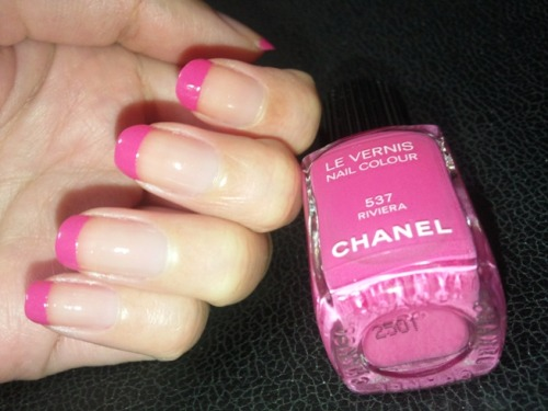 "Chanel ""Riviera"" French manicure.  I like what looks like the very thin line of silver or gold between the pink and the clear.  Via"