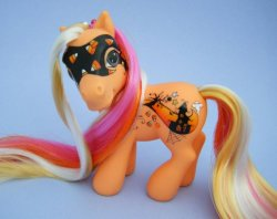 Halloween Custom Pony by eponyart
