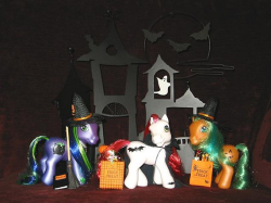 Halloween Set by RequiemArt (flickr)