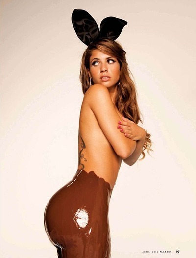 themovingfingerwrites:now thats MY kind of easter bunny, i have given up chocolate but i would start again for her
