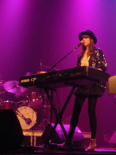 [29 May 2010] Diane Birch - Club Soda, Montreal Image from plixi (formerly TweetPhoto) Posted by alexaniaripoll