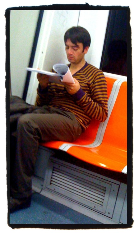 On the underground… fèscion orange stripes that match with the fèscion orange seats.