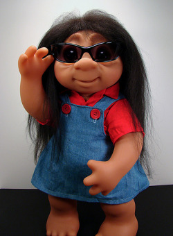 SNOOKI DOLL, I need to buy this. ;D