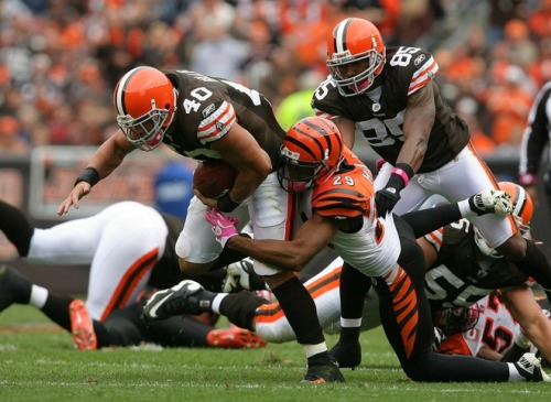 dowelikeit:  Nothing Good Ever Happens In Cleveland The Bengals are as awful as the Reds are good this year. All that talent and very little to show for it. Frustrating doesn't even begin to describe this year's team. I'm going to keep focusing on Cincinnati baseball this October. Sigh.  I know that feeling. I'm just going to keep replaying Jay Bruce and Corky Miller's home runs over in my head until I forget that the Bengals even played this week.