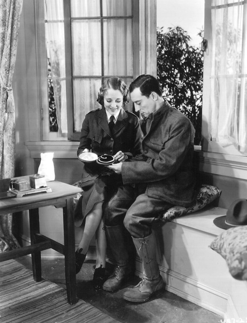 Sally Eilers and Buster Keaton Doughboys - (1930)