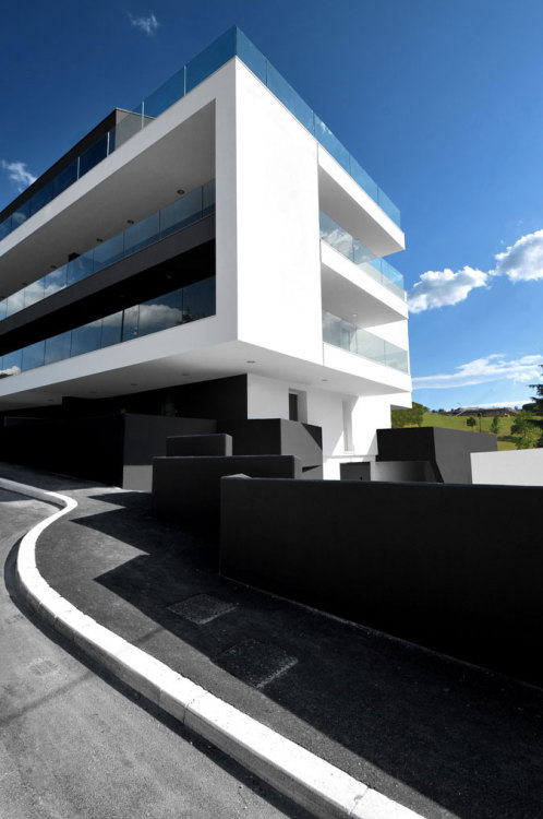 designismymuse:  Featured Project of the Week: IN CESENA, A NEW RESIDENTIAL BUILDING FOR 28 APARTMENTS by: tissellistudioarchitetti