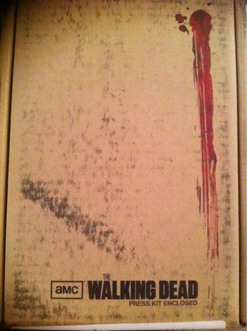 The Walking Dead screener has arrived! Oh yeah it's on!!