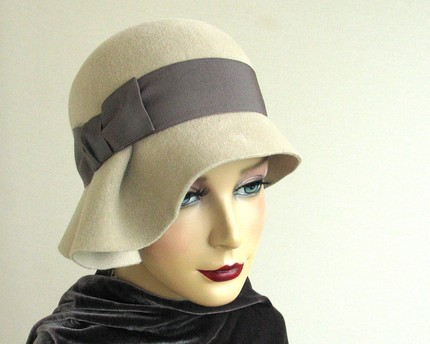 Gray wool velour cloche hat with pleated brim by katarinacouture
