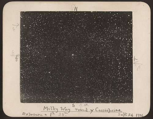 nardotinoniel:  Milky Way around y Cassiopeiae (1914; more here)