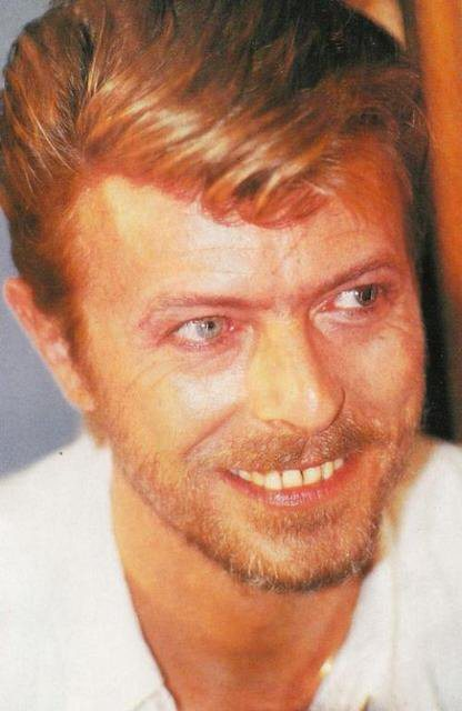 Mmmm, love me some scruffy!Bowie