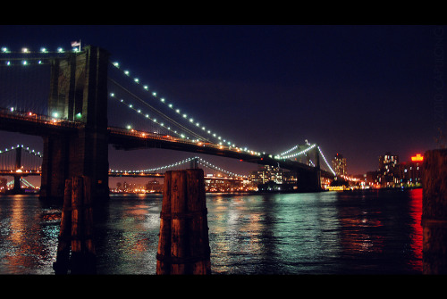 Brooklyn Bridge in New York Taken by: Junagraphy