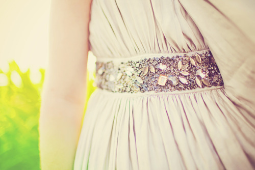 via www.ourblogoflove.com dress detailing!