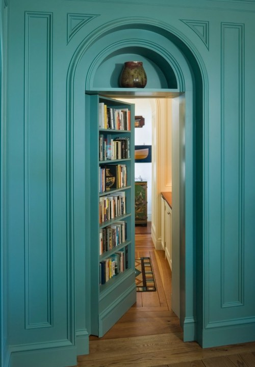 thebookofsecrets:  Secret door + library + turquoise = ♥♥♥