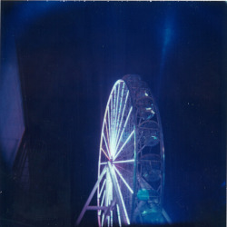 Panoramic Wheel Holgaroid Polaroid 669