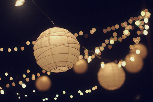 More paper lanterns + twinkle lights.