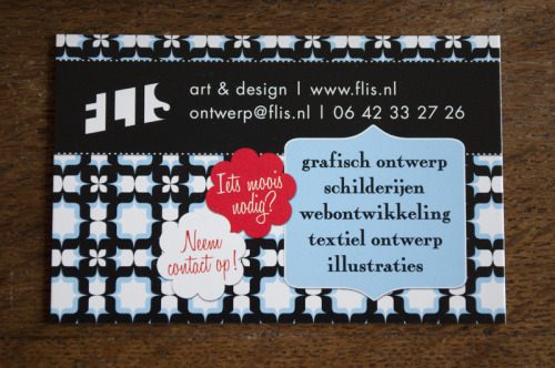 My new business cards arrived today! They are in dutch and I will be using them next to the universal business card I have been using for 3 years now, to clarify to people what kind of business it is I do exactly.