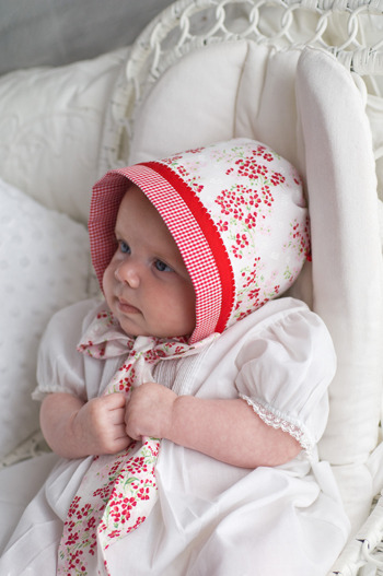 dandelionsarepretty:  October 13 ~ Sew Beautiful Reversible Baby Bonnet Tutorial + Belle & Boo Giveaway « Sew,Mama,Sew! Blog