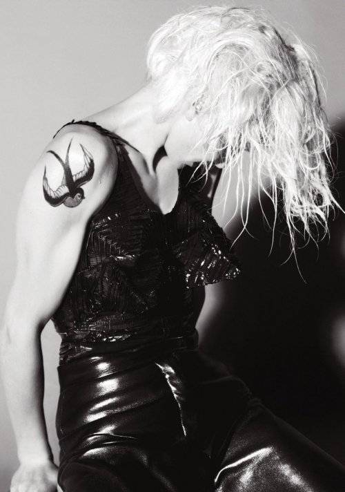 Cameron Diaz by Mert Alas and Marcus Piggott V 60 July / August 2009
