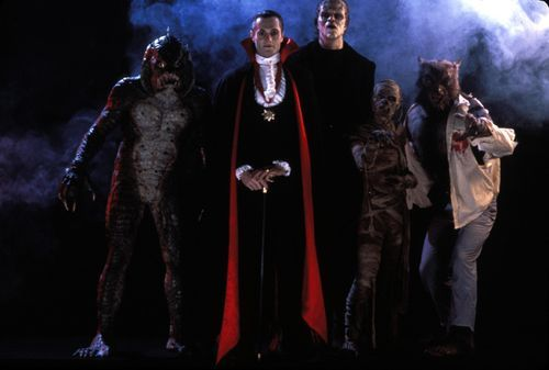boogedyboogedyboo:  criticaloutcast:  Watch out for the Monster Squad!  wolfmans got nards  Someone should start a Fuck Yeah Monster Squad blog…