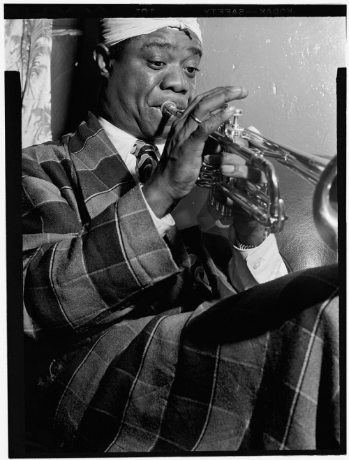 Louis Armstrong by William Gottlieb  via everyday_i_show