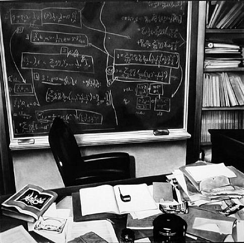 Robert Longo - Einstein's Desk (Princeton) at Artnet. Even if you don't know Robert Longo's name, if you've been on ffffound you'll have seen his works, especially Men in the Cities, which regularly pop up. He's also drawn planes, waves and helmets, as well as directing music videos and working on Johnny Mnemonic. In fact, the more I find, the more I wonder why I've never known his name before.  Indirectly via rodcorp, who posted this drawing of a jet, at the Frieze Art Fair in London, to Flickr.