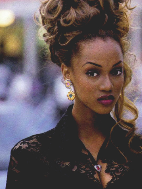 belizean-fashionista:  Tyra Banks