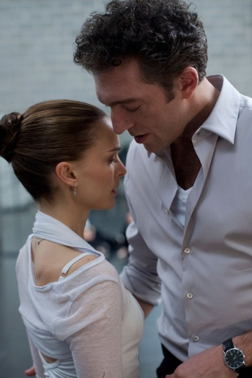 Natalie Portman practises her dance moves with co-star Vincent Cassel for her new  movie, Black Swan, set to be released in February.oh, I love Vincent. Waiting to see this :)