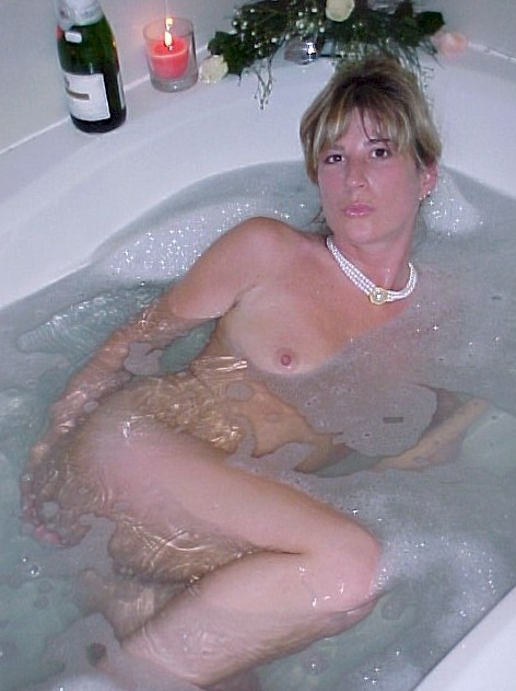 shareyourwifewithus:  A great submission of a hot wife from a proud hubby. Think she'd be interested in a different kind of pearl necklace? Thanks for sharing your wife with us!