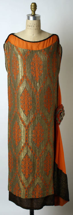 Evening dress ca. 1920-1925 via The Costume Institute of The Metropolitan Museum of Art