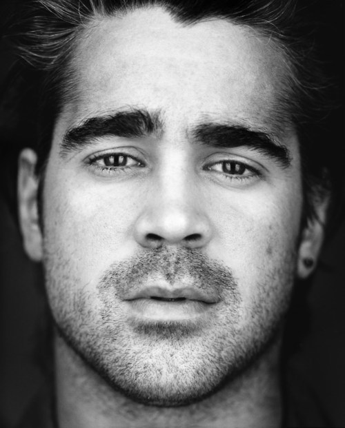 oldfilmsflicker:  alicewatchesmovies:  My favorite picture of Colin Farrell. Underrated actor. He was phenomenal in In Bruges, and I first fell in love with him during Minority Report.  SAME. I've loved him for so long now. he's good in everything, even if the movie as a whole isn't.   ^