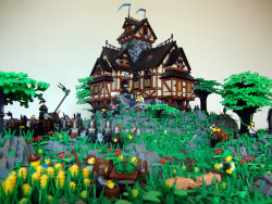 legos:  maggiethunder:  (by Luke Watkins Hutchinson)  Beautiful. Nice job. warriors! attack!