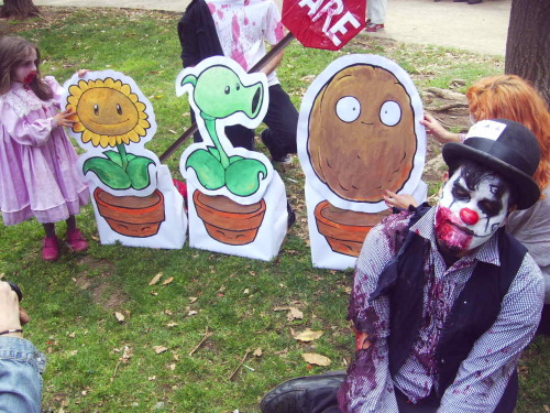 "Adicta a ""Plants vs Zombies""!!!!"