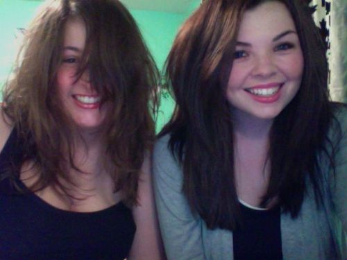 thestoryofagirl:  Rebecca and Me. Crazy hair ahaaha.