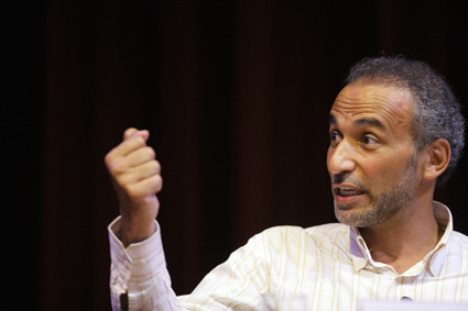 Tariq Ramadan makes an important point about his oxford button-up.