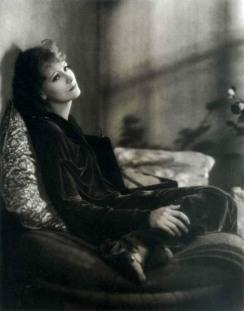 Clarence Sinclair Bull - Greta Garbo via