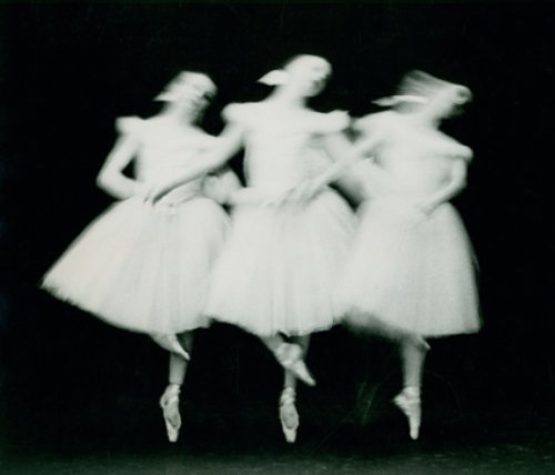 The New York City Ballet dances Swan Lake by Paul Himmel, 1951-52 [from frenchtwist]