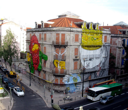 lickystickypickyme:  Pretty awesome piece. In Lisbon, by Brazilian artists Os Gémeos