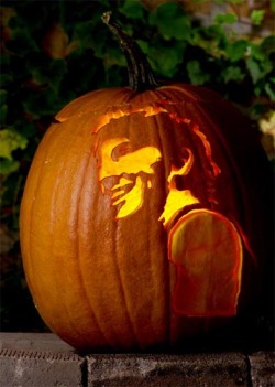 kathy7:  Bruce-o'- lantern. Boooooce! *not mine, wish I knew who to credit  Hey, I was looking for this again!!! Thanks!