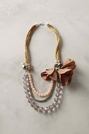 aoneal:  Verveine Necklace - Anthropologie.com