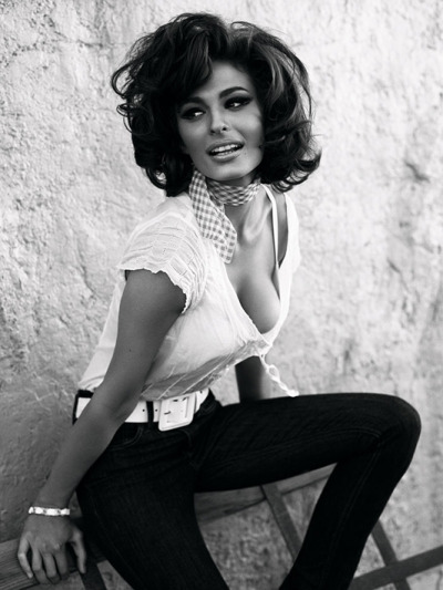 officiallyawesome:Sofia Loren was oh la la.